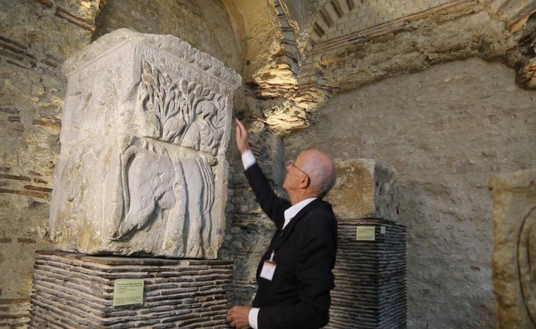 Le pilier des Nautes. Tournage au Musée de Cluny par l'Agence Sequana Media