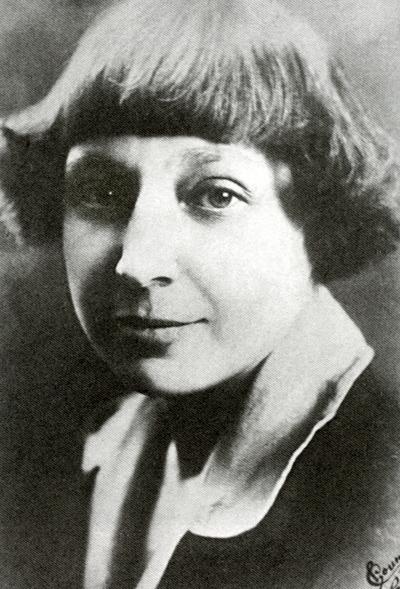 Marina Tsvetaïeva en 1925, photographie de Pierre Choumoff (Pyotr Ivanovich Shumov -1872-1936)