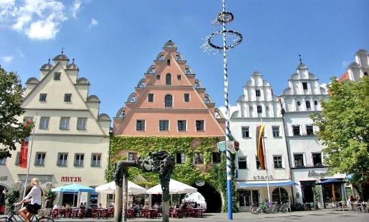 Place du marché de Weiden in der Oberpfalz